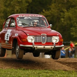 Classic Saab wins hearts at Oregon Trail Rally
